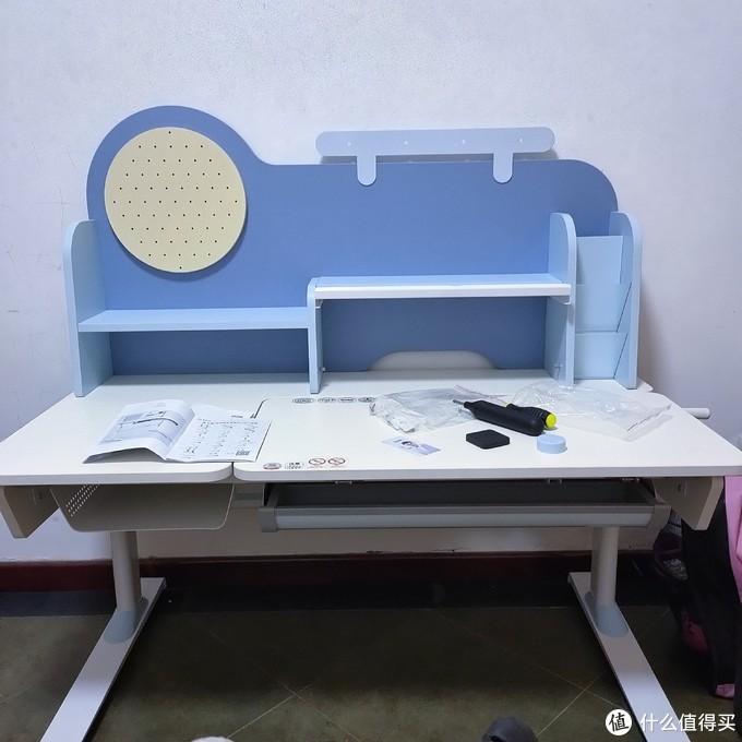 陪孩子走过每一个学习日的西昊H10学习桌椅