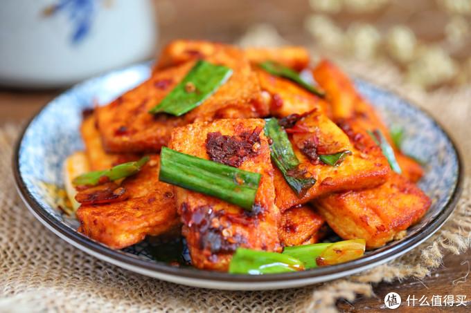 菜市场3块钱买了一块豆腐,用这方法一炒,香辣入味,一顿吃精光