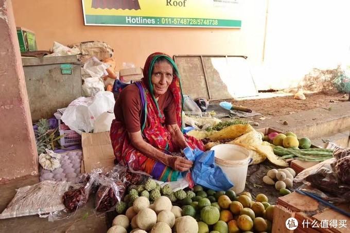 斯里兰卡买水果的老奶奶