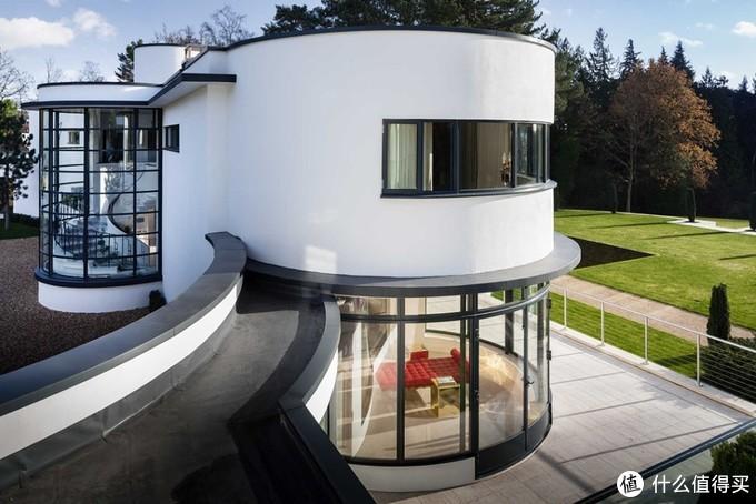 农村自建房别墅装个这样的弧形窗,建成后全村的人都来要图纸!