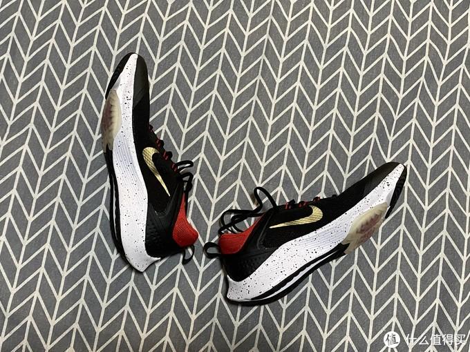 Nike Air Zoom Speed (GS)跑鞋