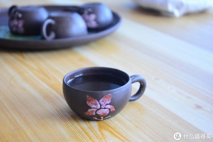 茶汤还算清凉但是杯底还是会有一点杂质