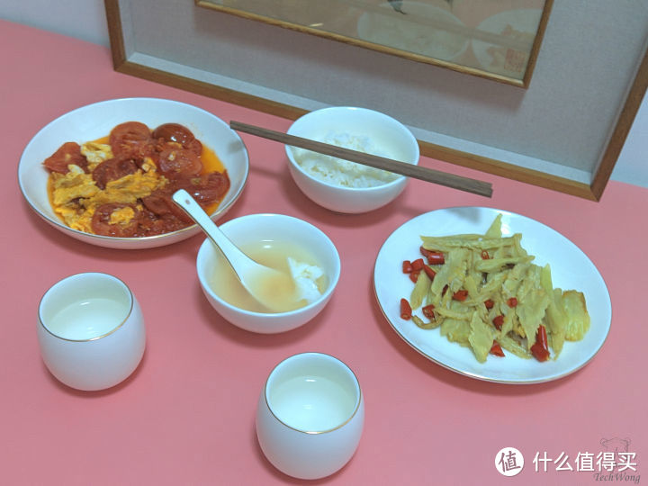 不东-玉瓷餐具套装,温润洁白耐磨防烫,简约时尚堪称餐桌上的艺术品