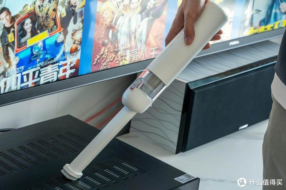 米家手持吸尘器评测:手感轻巧想吸就吸,卫生死角轻松搞定
