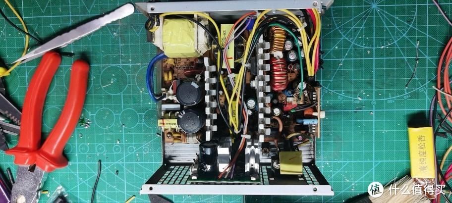 十几年前的主机电源重获新生