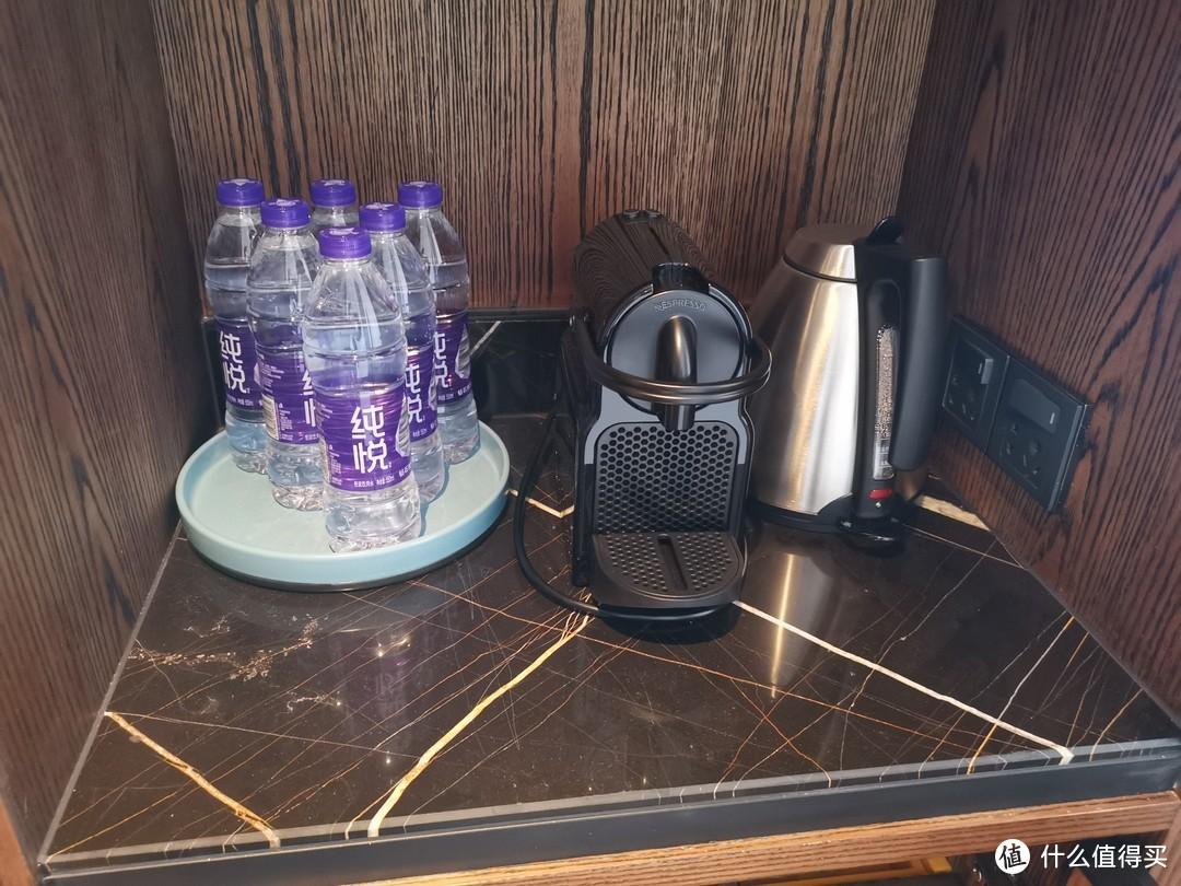 饮用水、咖啡机、茶壶