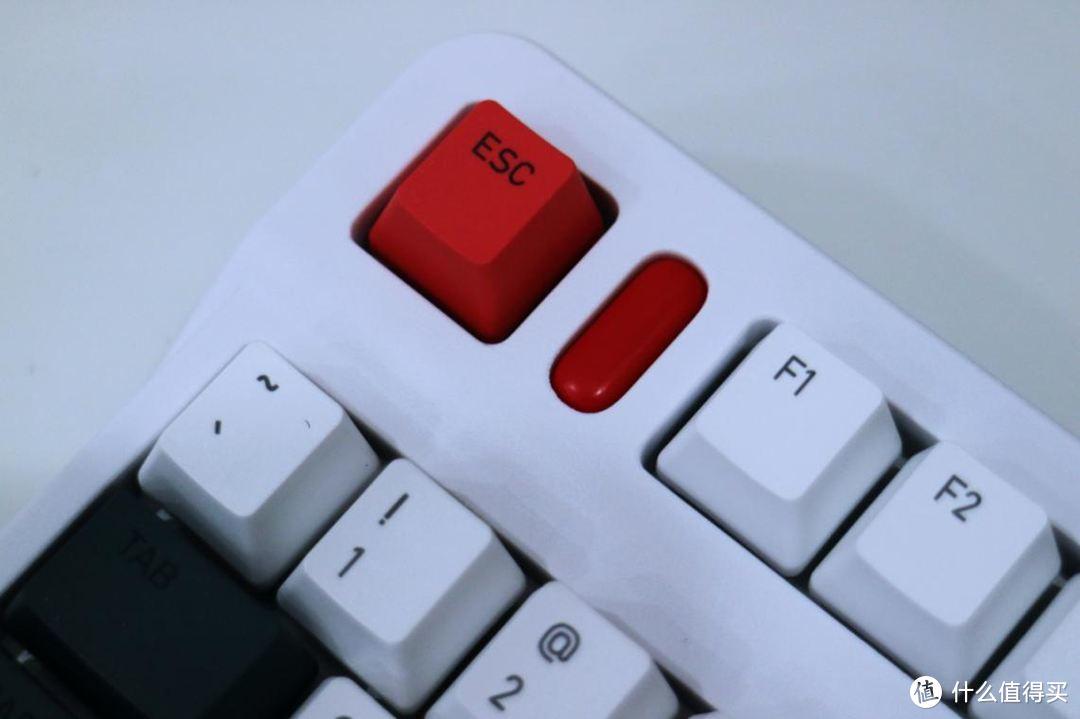 红尘有伴,青春相随:IQUNIX L80-动力方程式机械键盘体验