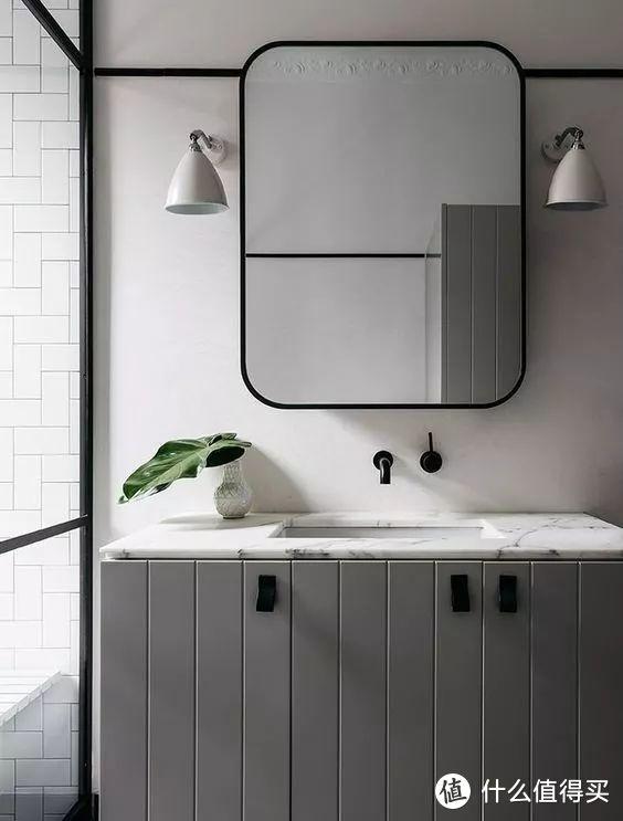 挑选浴室柜的正确姿势,你摆对了吗?