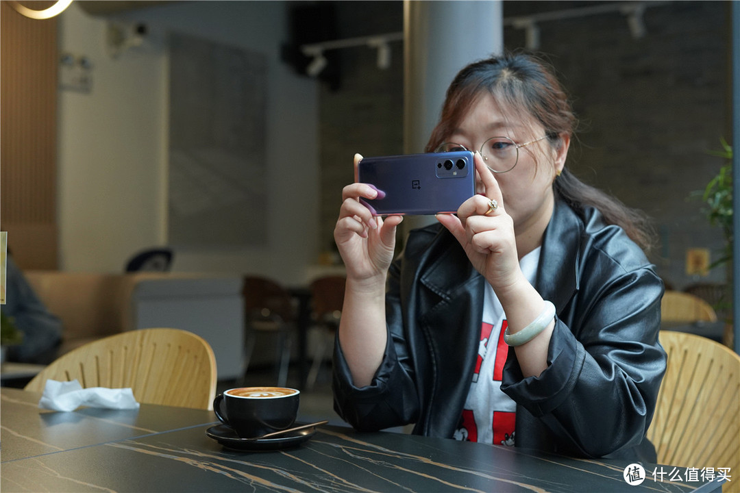 搭载哈苏影像系统的一加OnePlus 9体验感超赞