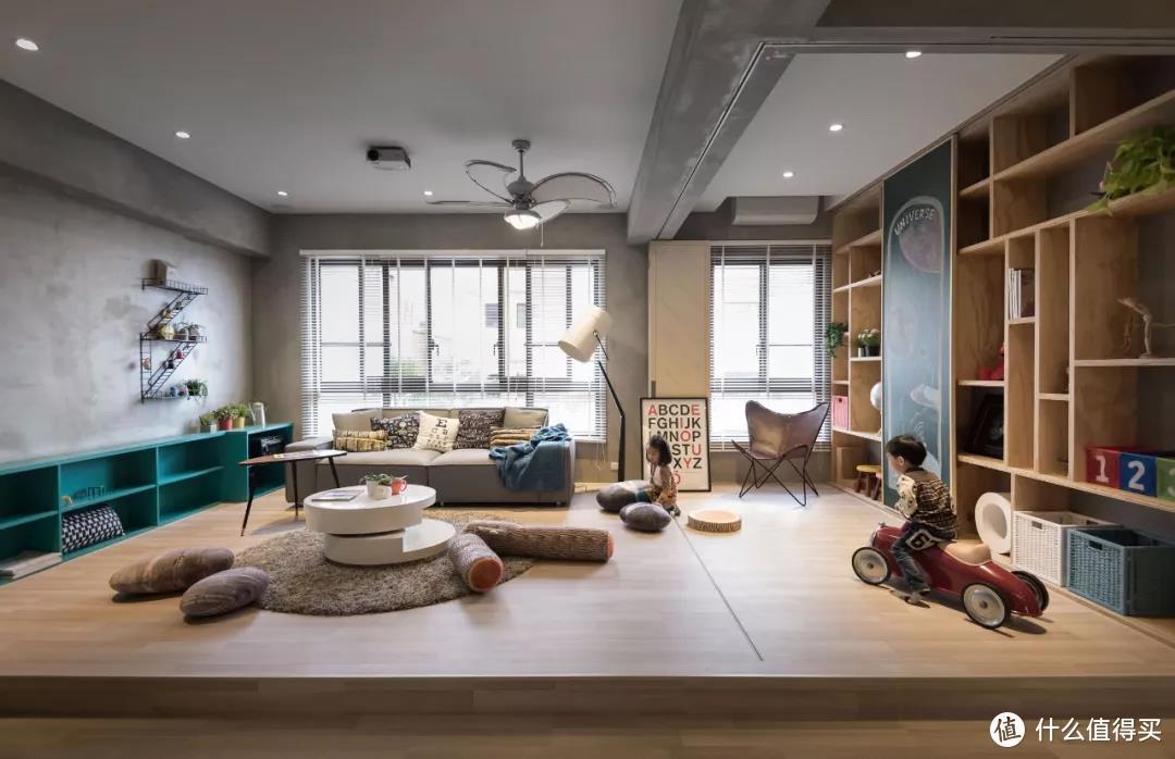 """怎样简单打造超赞的客厅?家庭核心区变身""""斜杠空间"""",真香!"""