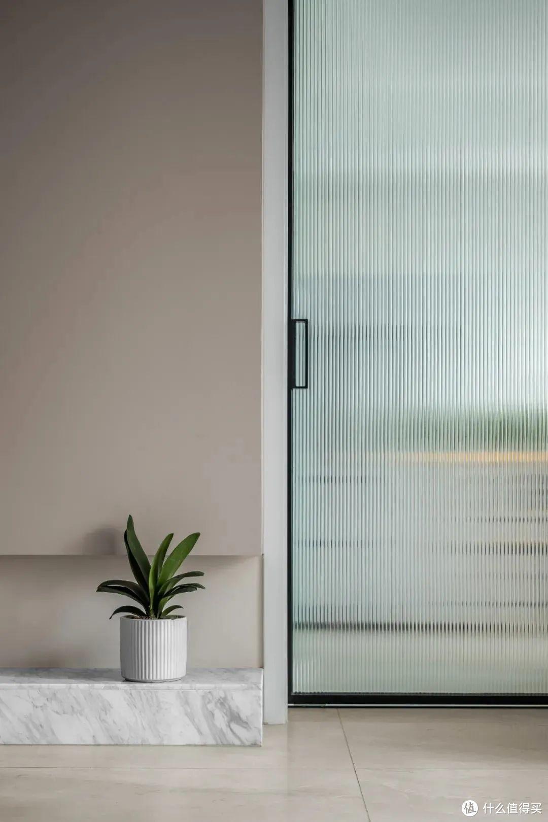 嫌家里的门窗太平庸?试试这6种极具美感的门窗设计,太惊艳了!
