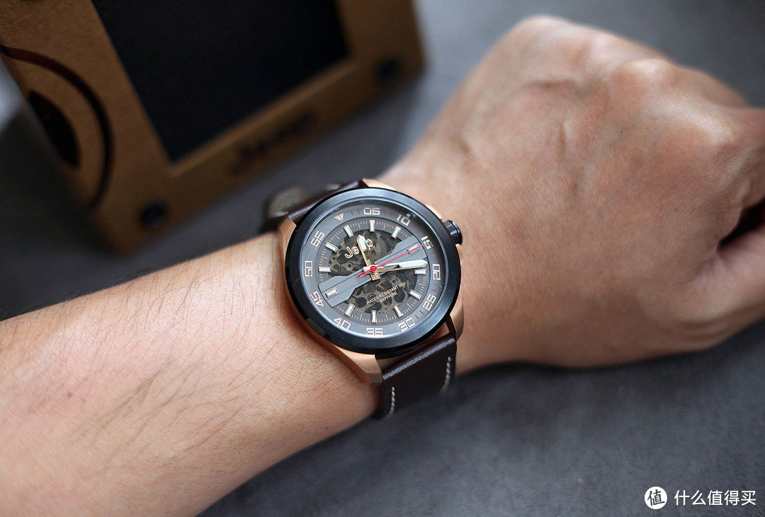 这才是适合纯爷们的手表,Jeep大切诺基系列机械表测评