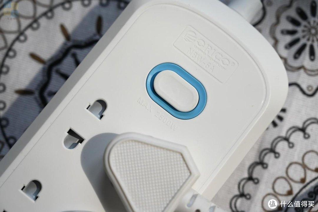 充分利用插座空间,让日常用电更安全,ORICO六插位插线板上手