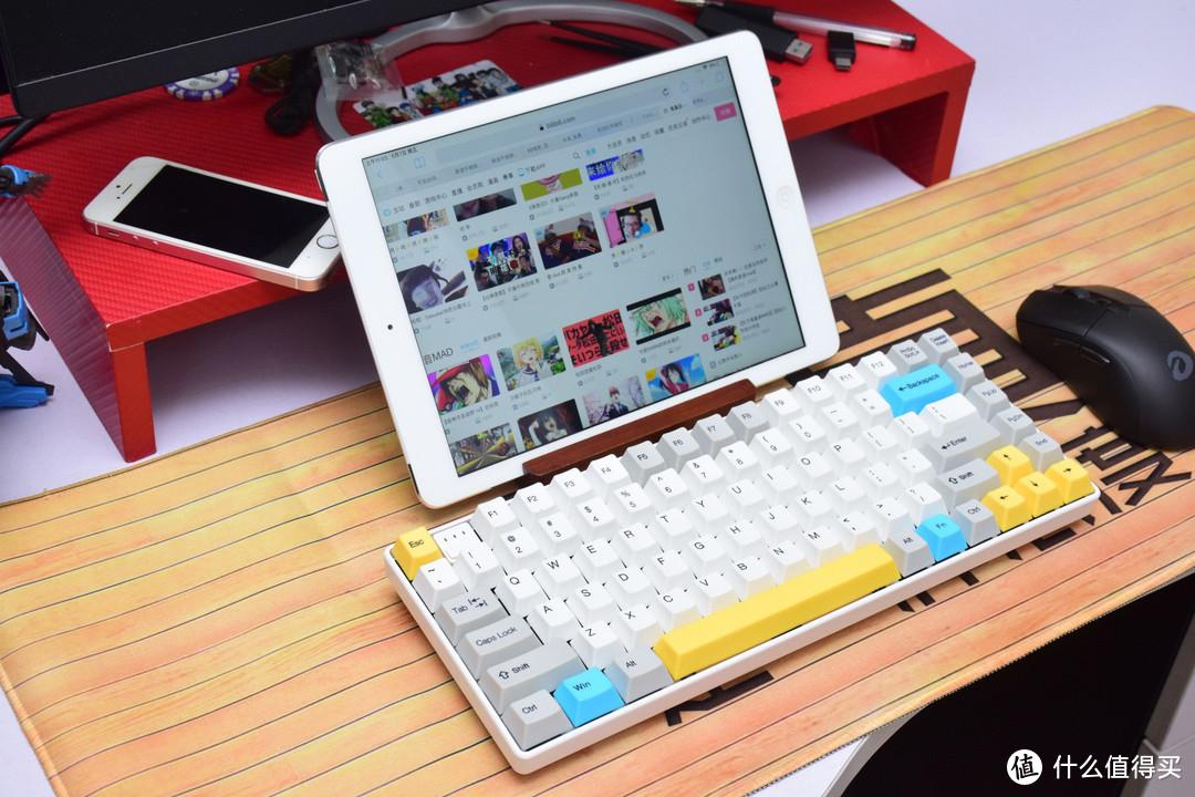 多线上岗键盘还是无线的好,GANSS ALT83D就是标准的劳模
