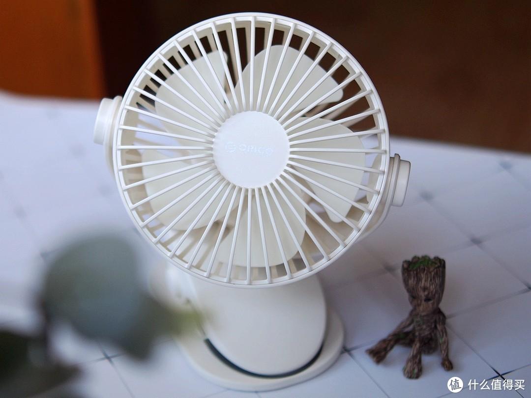 可以变形的迷你风扇ORICO便携风扇
