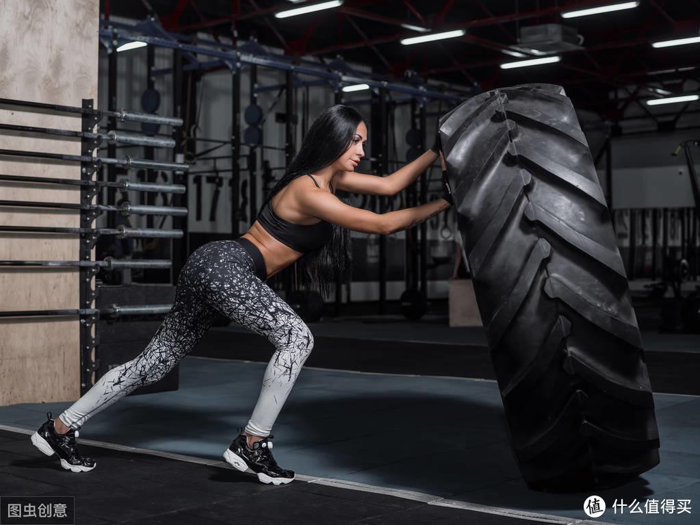 如何正确地学习力量训练动作?