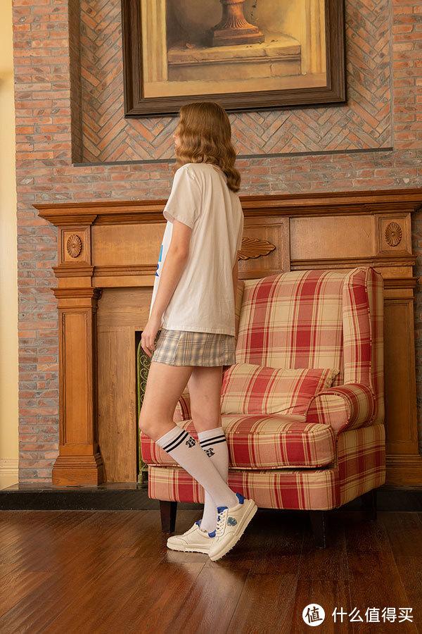 """今年最火爆的""""半腿袜"""",时髦百搭又减龄,巨显腿长!"""