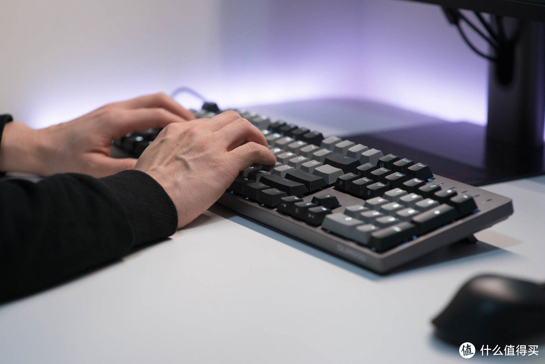 中端机械键盘王者轴体手感真实体验, 青轴和银轴横评