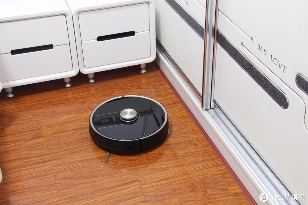 一款会自己倒垃圾的扫地机器人,UONI由利 V980 PLUS 扫地机深度测评