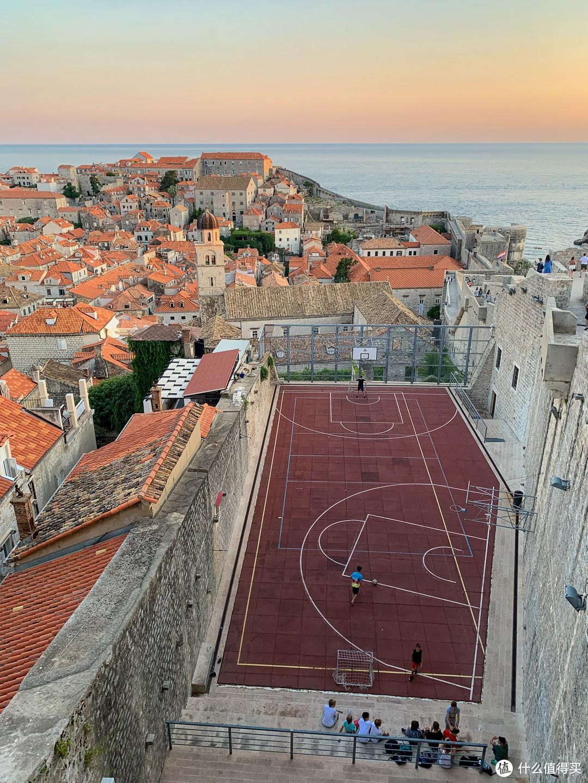 克罗地亚的足球少年