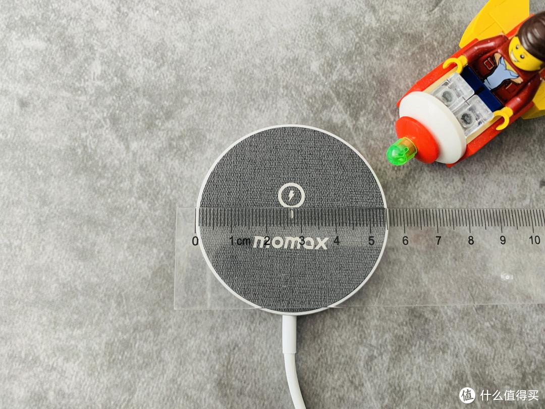 体验磁吸无线充电的便捷——摩米士Q-MAG磁吸无线充电器使用体验