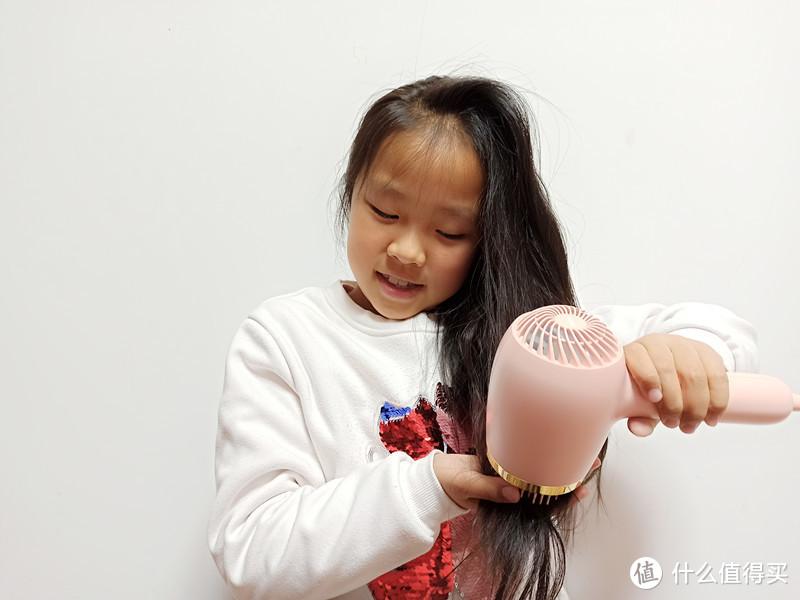 专为萌宝设计,护发带梳理,LOEHO楽活负离子儿童吹风梳体验