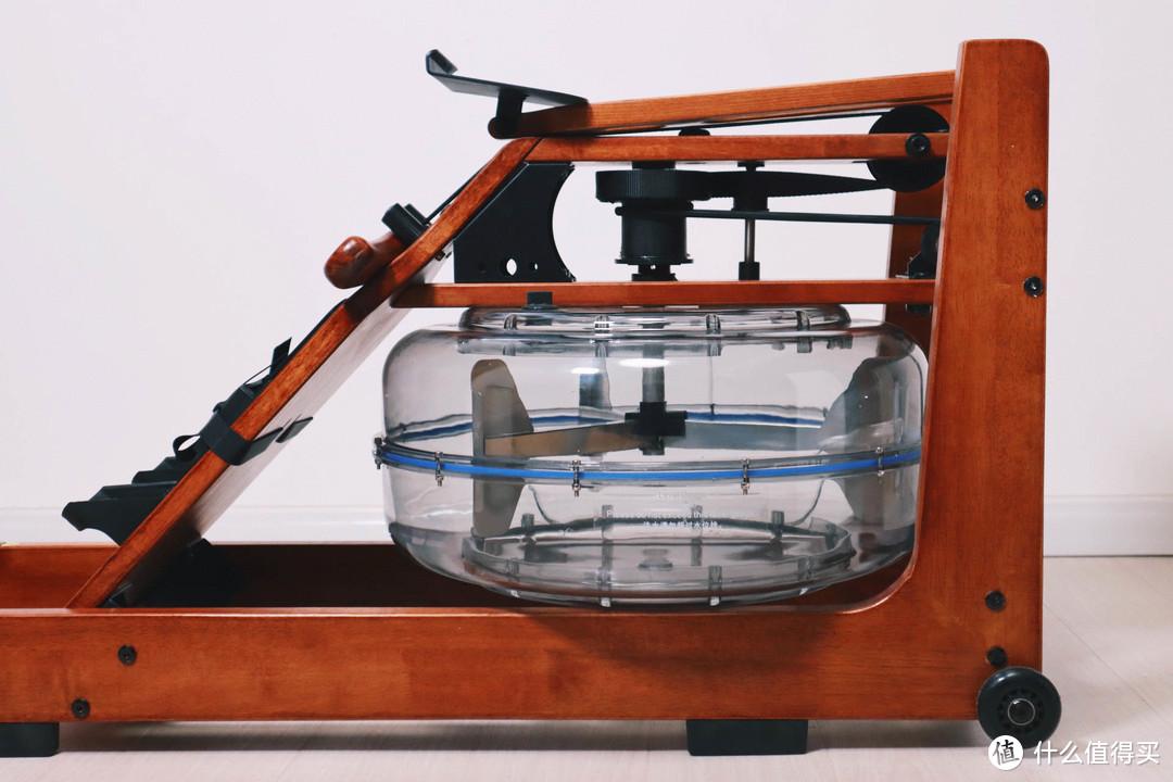 年轻人,你想知道在家划船是什么感受吗?野小兽智能划船机R30上船体验