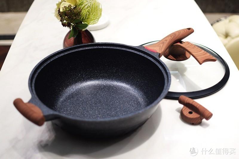 一口锅PK整个厨房 VELOSAN多功能微压炒锅