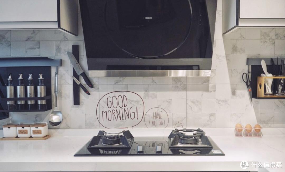 她家厨房,坚持每天一收拾,长期做饭也依然洁净如新!