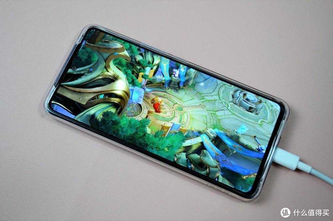 128GB空间小,3年就卡顿,新机如何选?剁手iQOO Neo5手机值吗?