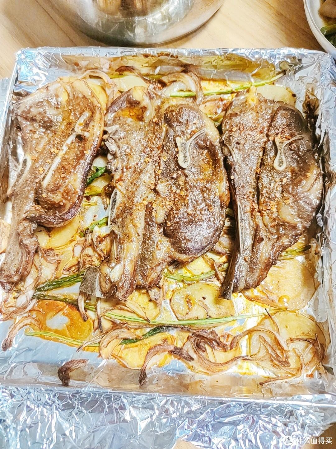厨房小白也能轻松驾驭的神级宴客硬菜——烤羊排!