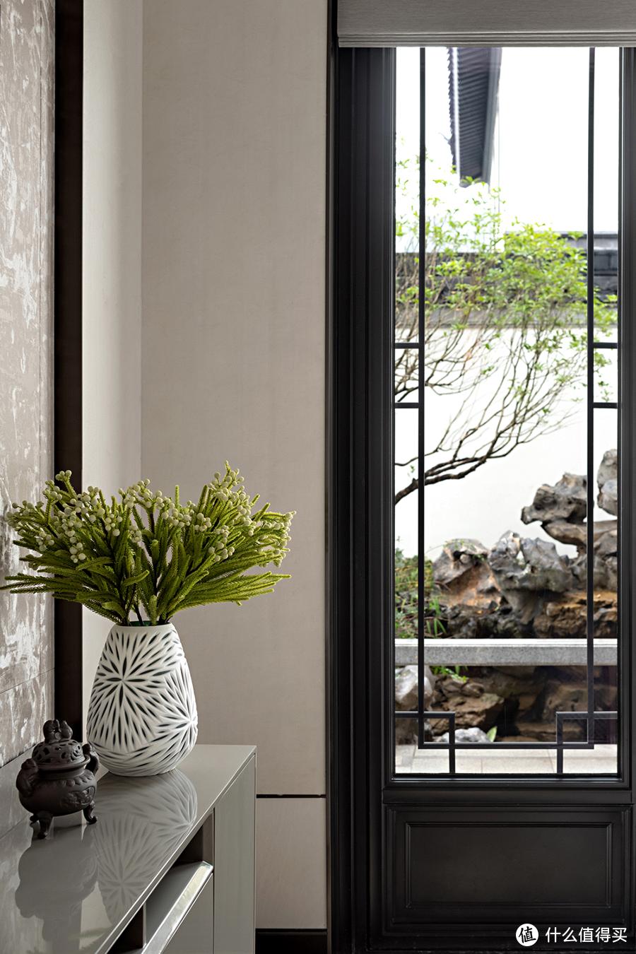 门窗太low配不上家里的装修?家居门窗如何装出「质感」和「高级感」?