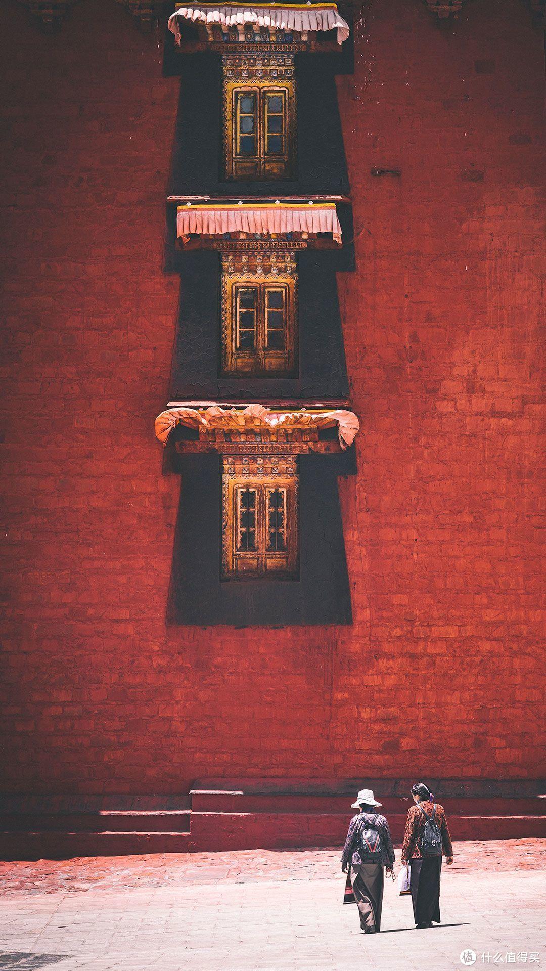 日喀则扎什伦布寺十世班禅灵塔殿——释颂南捷