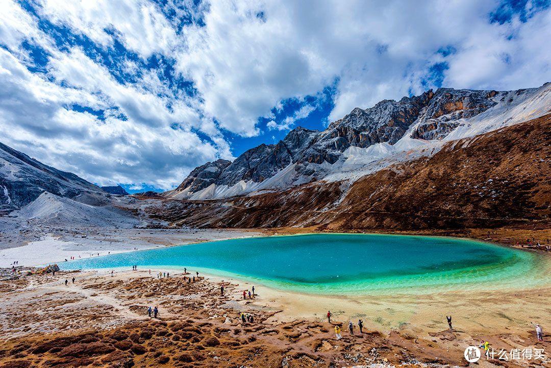 甘孜州稻城亚丁牛奶海