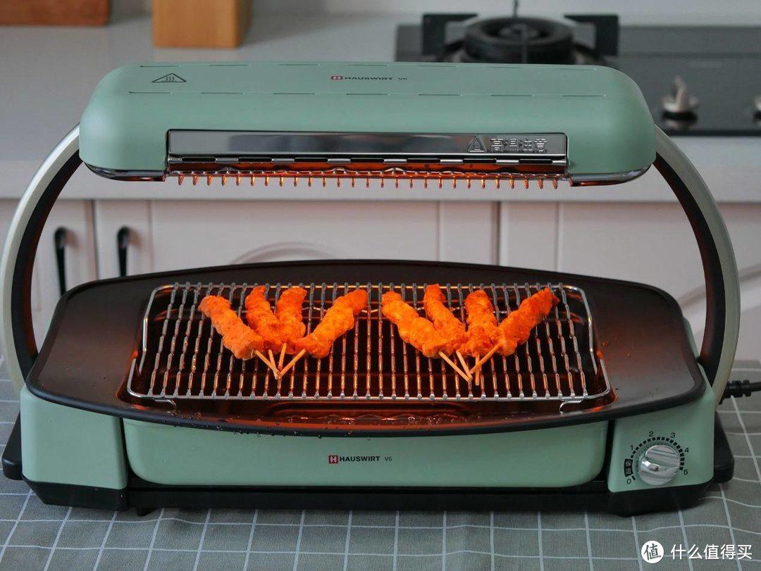 还去啥夜市?在家烤串烤扇贝,无油烟易清洗的海氏V6无烟快烤炉