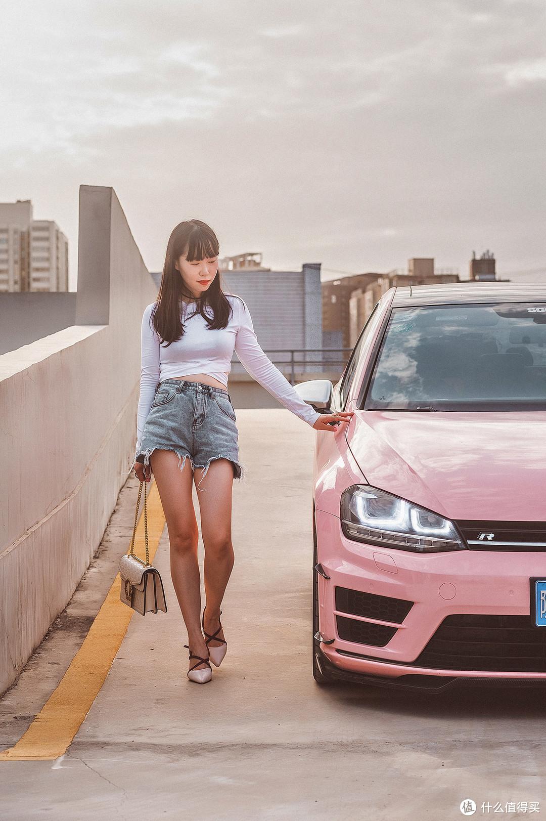 Get甜辣女孩拍车秘籍| 和爱车在停车场来一组时尚大片