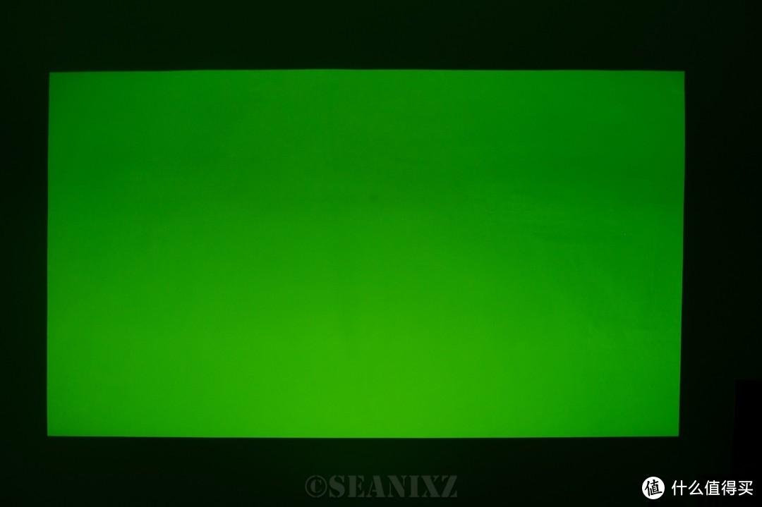 万元内可以搞定激光电视?—— 9999元的峰米C2+100寸抗光屏
