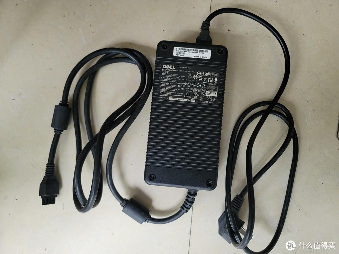Dell 12V18A电源