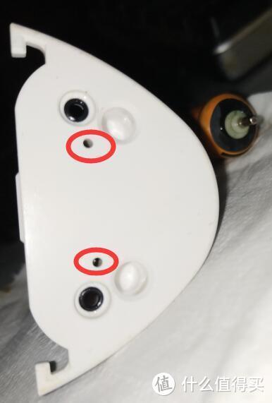 用WD-40除锈剂修内部漏水无法启动的松下EW-1411冲牙器,发现其气泵也是弹膜泵