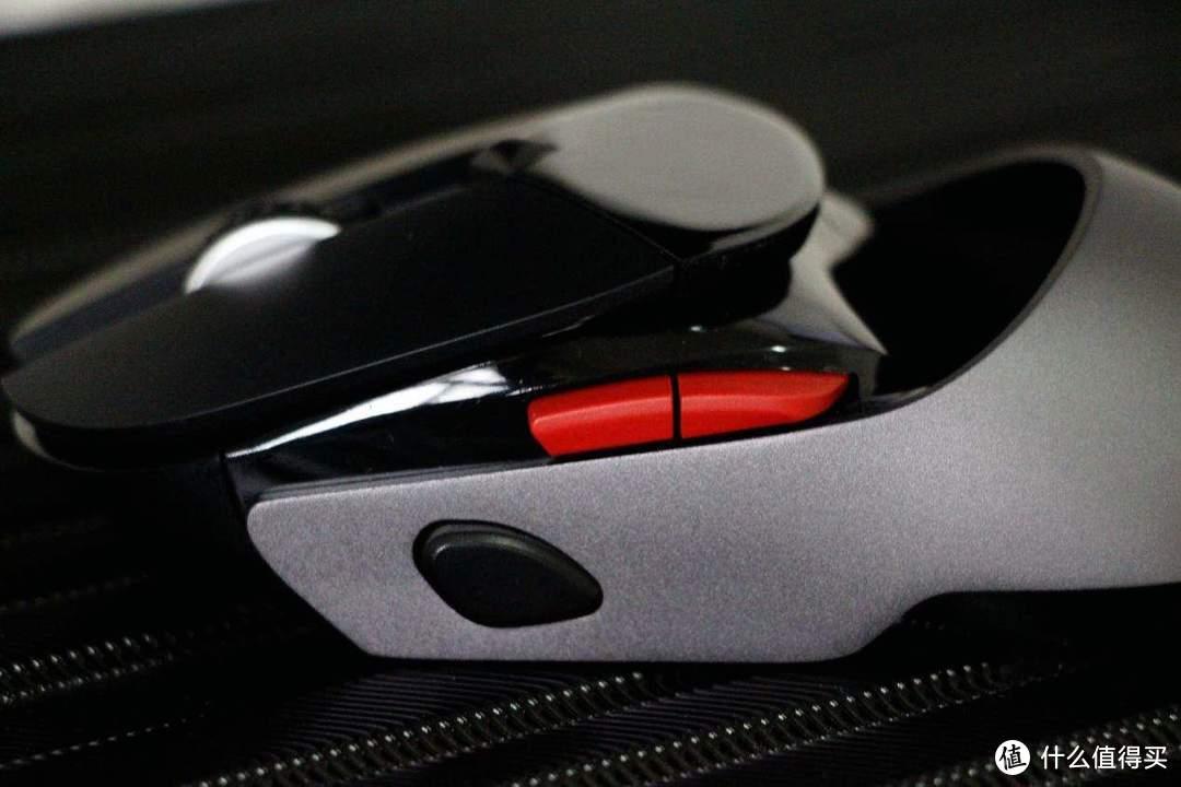 创意镂空造型设计,客制化屏显加持:雷柏VT960电竞游戏鼠标