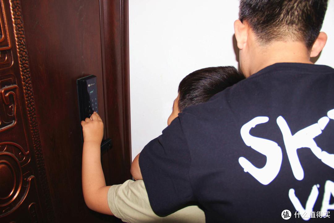 傲骨铮铮,华为又出物联网产品,这次力保家庭安全