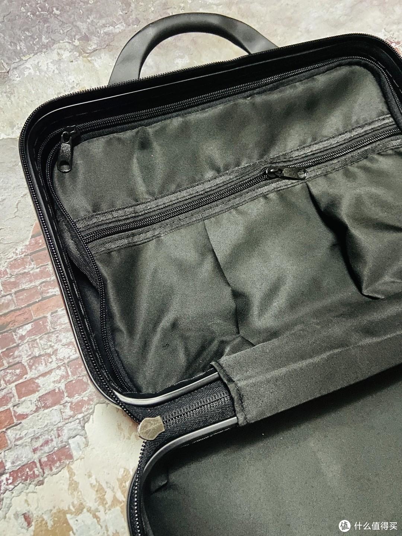 值得买周边:行李箱开箱分享