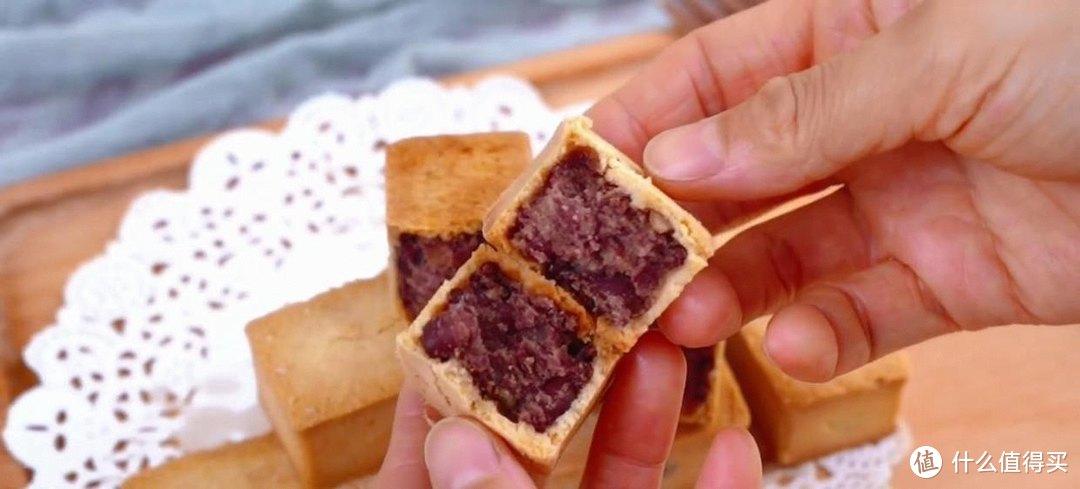 自制红豆酥,皮薄馅多,又香又酥