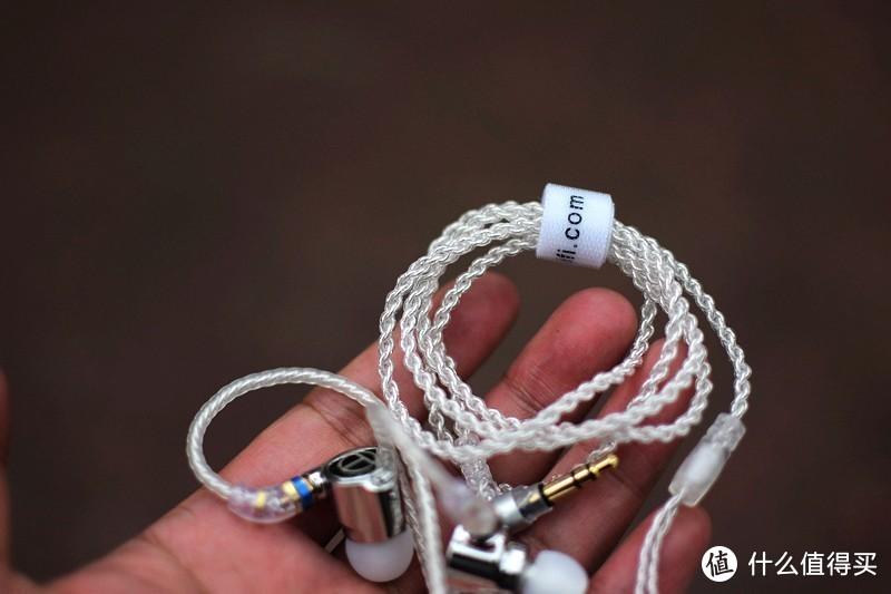 可换线Hi-Fi耳机 TRN TA1双单元圈铁入耳式耳机