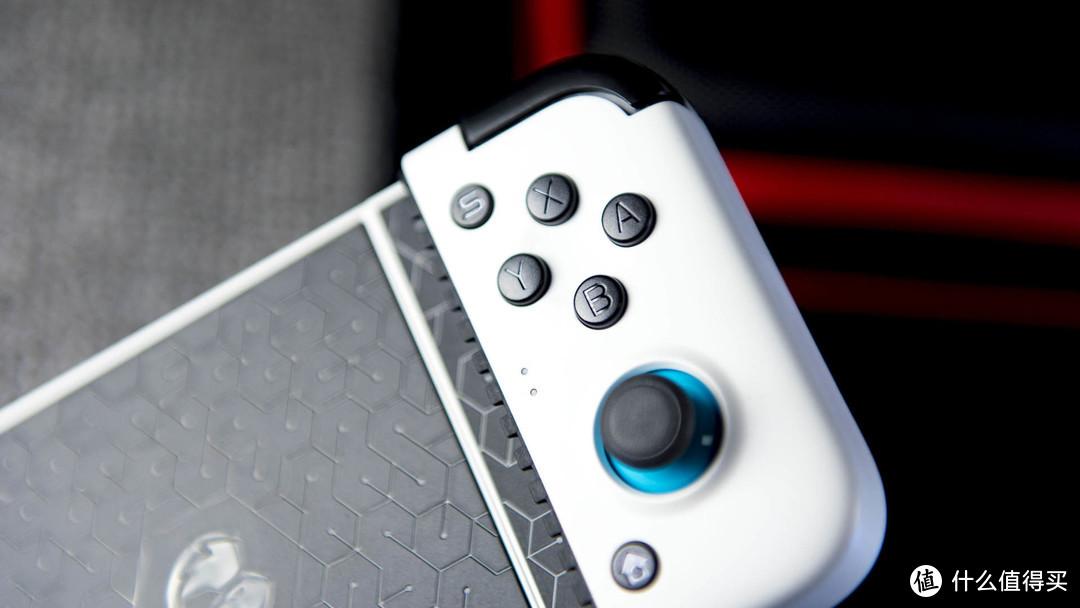 骁龙865手机+盖世小鸡TYPE-C手柄:无需破解流畅玩转主机游戏