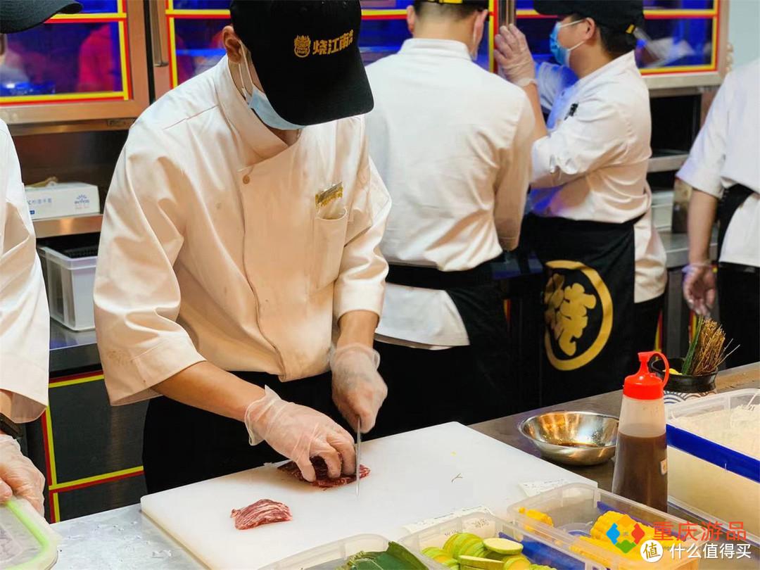 明星纷纷来重庆开店,沙溢的火锅店,黄晓明的烤肉店,谁来买账?
