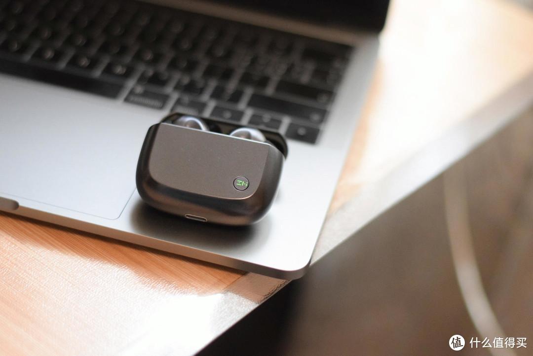 紫米真无线降噪耳机评测!不到四百元的耳机,降噪效果让人惊喜