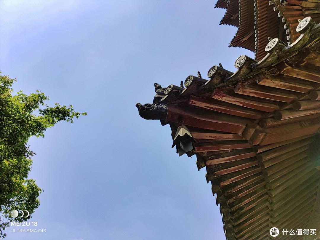 """魅族18镜头下的""""千年古塔百年银杏""""——湖州飞英公园之行"""