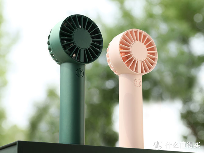 夏季手持小风扇怎么选?小仙女们人手一个,你还没有吗?