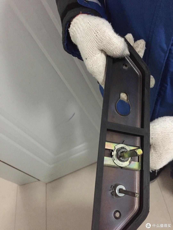 经济适用男DIY,3元配件完成入户门锁维修